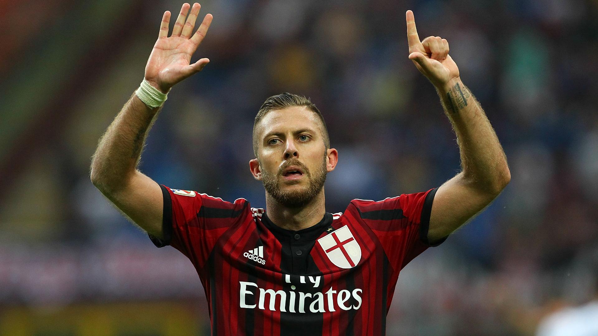 Menze punta centrale contro la Juventus a Torino visto la squalifica di Destro