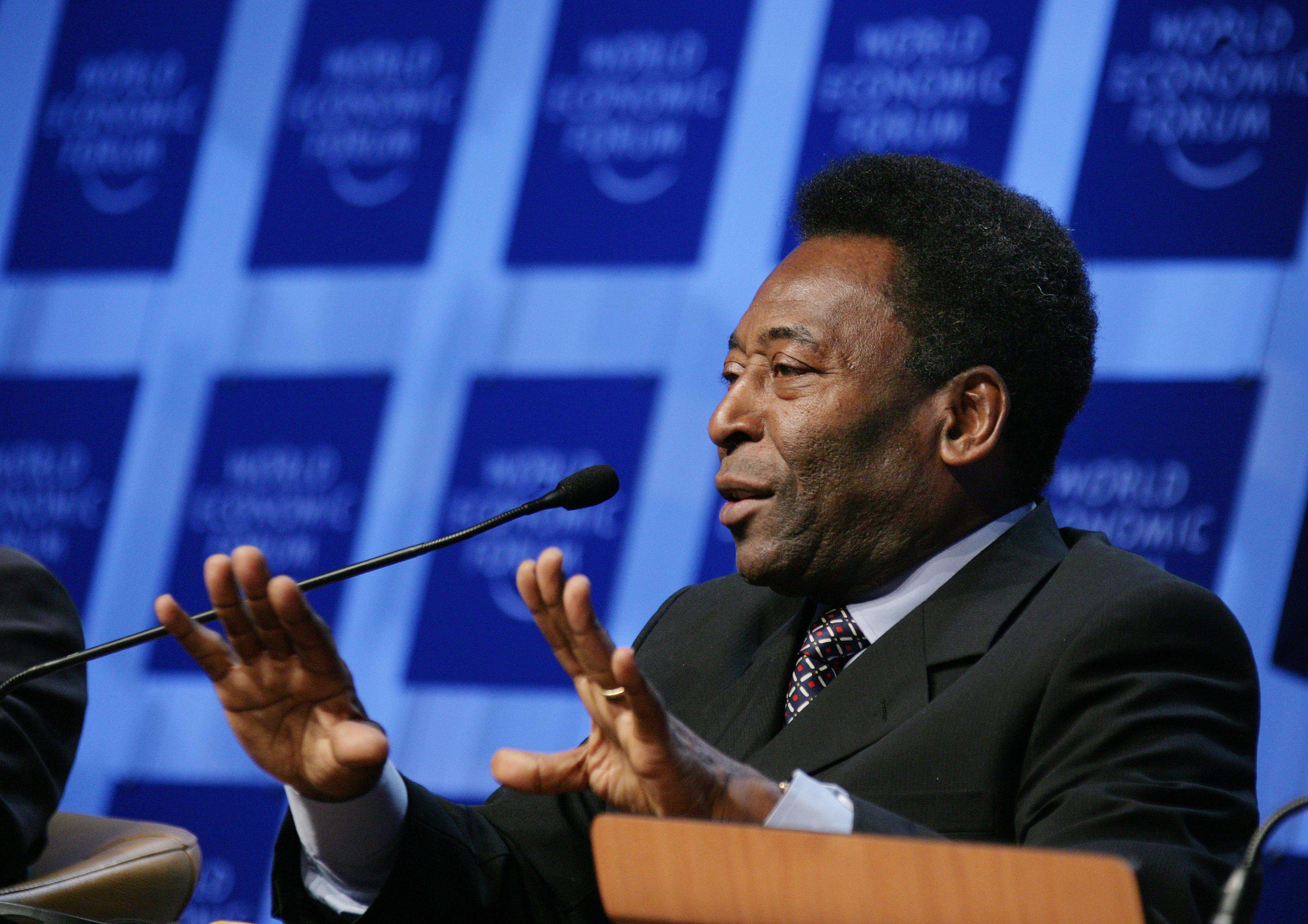 Pelé è stato dimesso. Ora sta bene