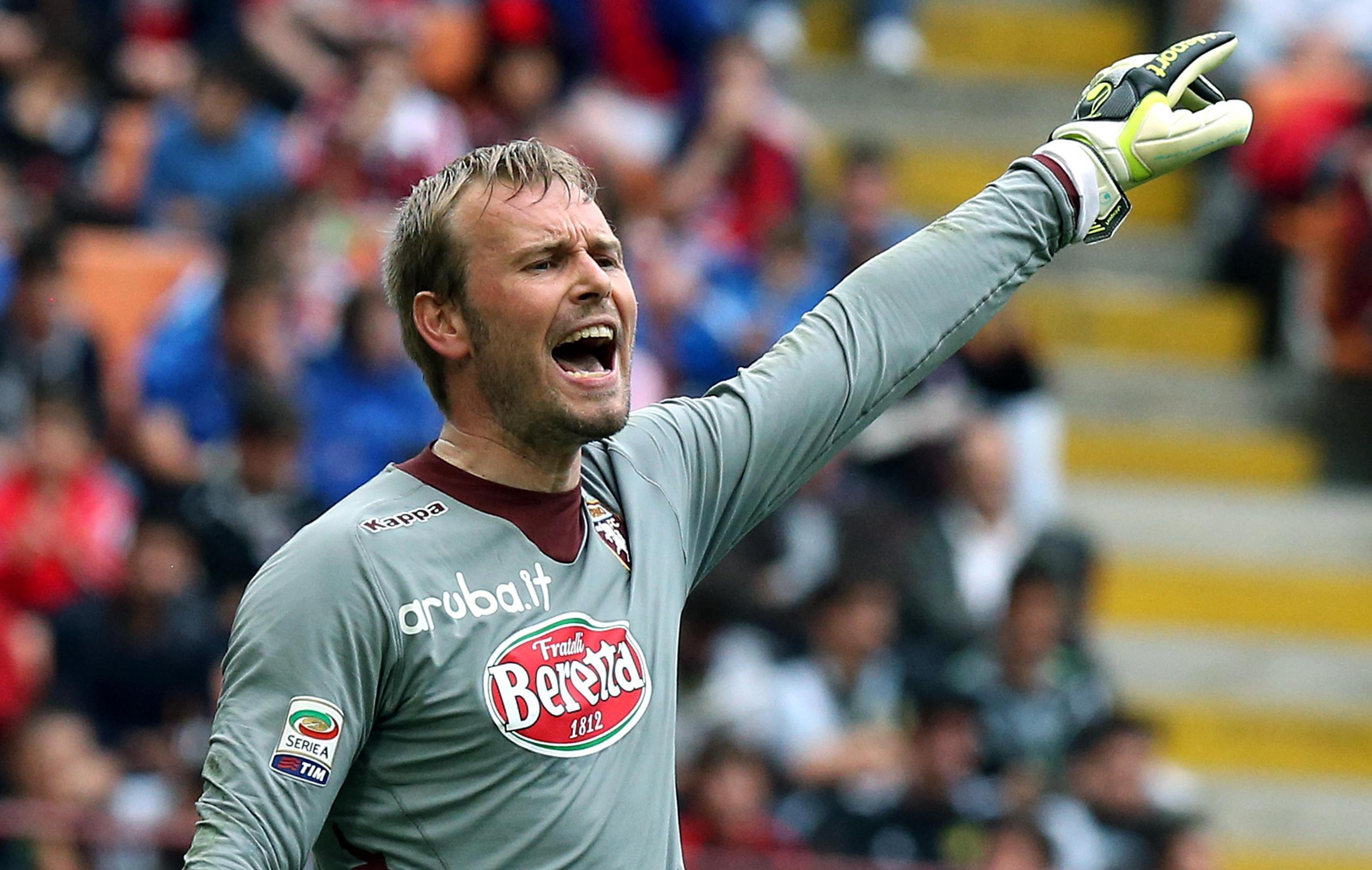 Gillet con la maglia del Torino. Accetterà di scendere in B per giocare col Catania?