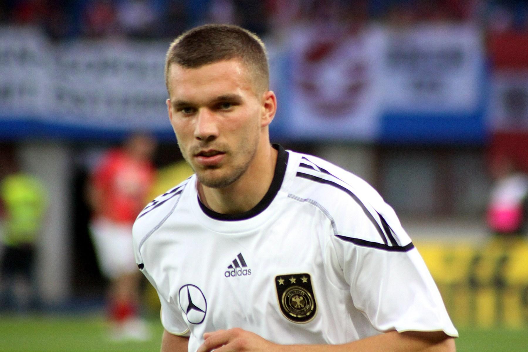 Podolski dovrebbe essere riproposto titolare da Mancini in coppia con Icardi