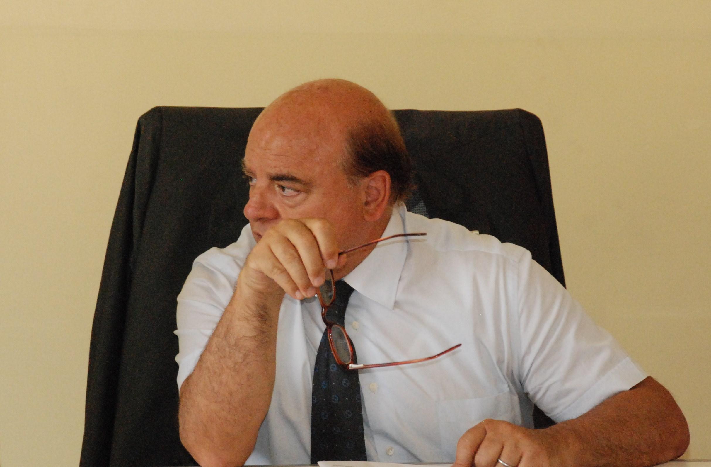 Il presidente dell'Avellino Taccone insorge contro l'abulia dei tifosi irpini