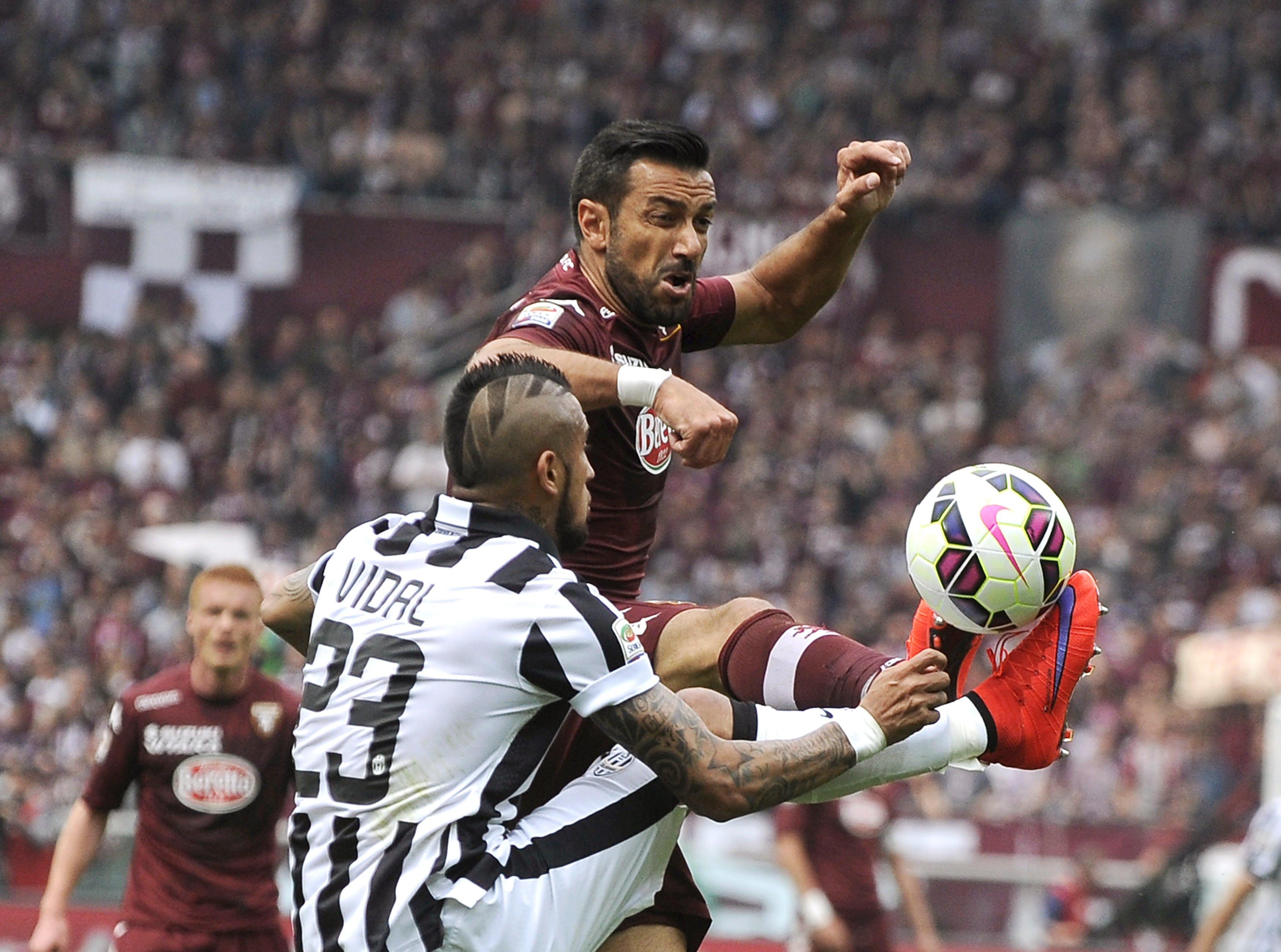 Quagliarella e Vidal protagonisti in modo diverso del derby della Mole tra Torino e Juventus