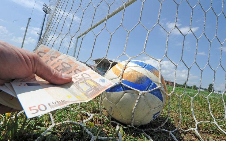 1387290919-pallone-calcioscommesse