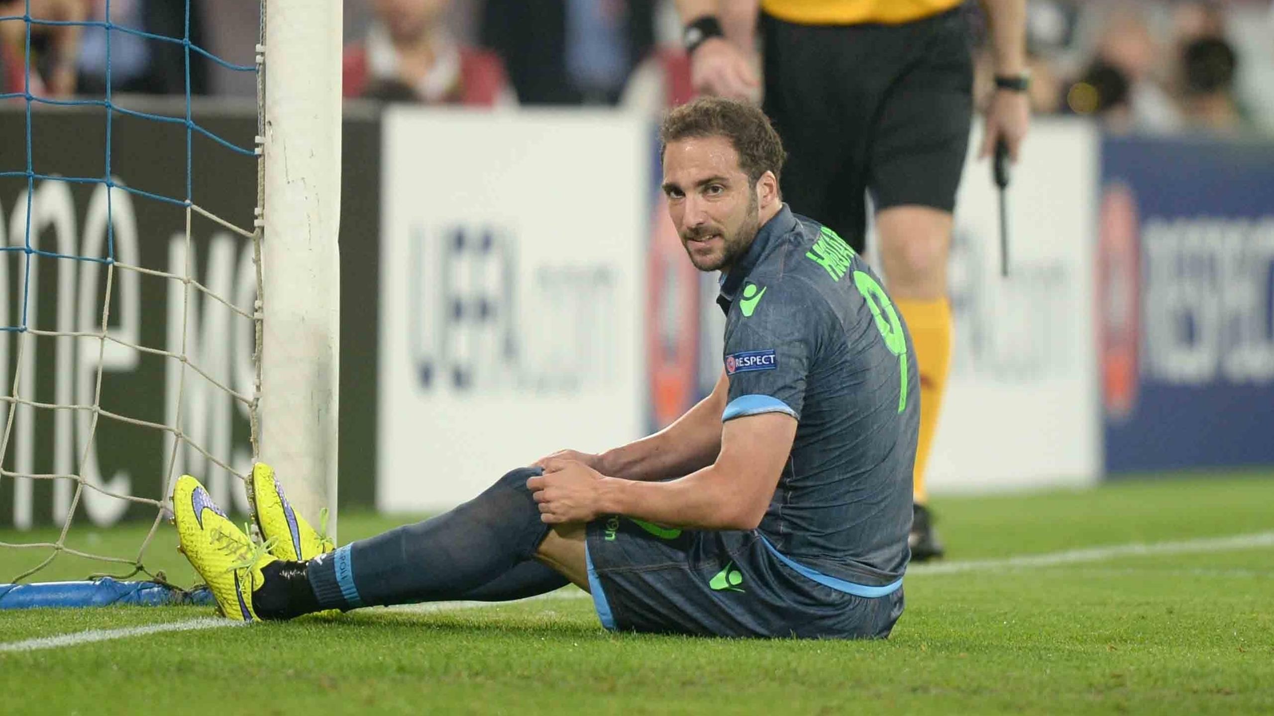L'esultanza di David Lopez dopo il momentaneo 1-0 del Napoli