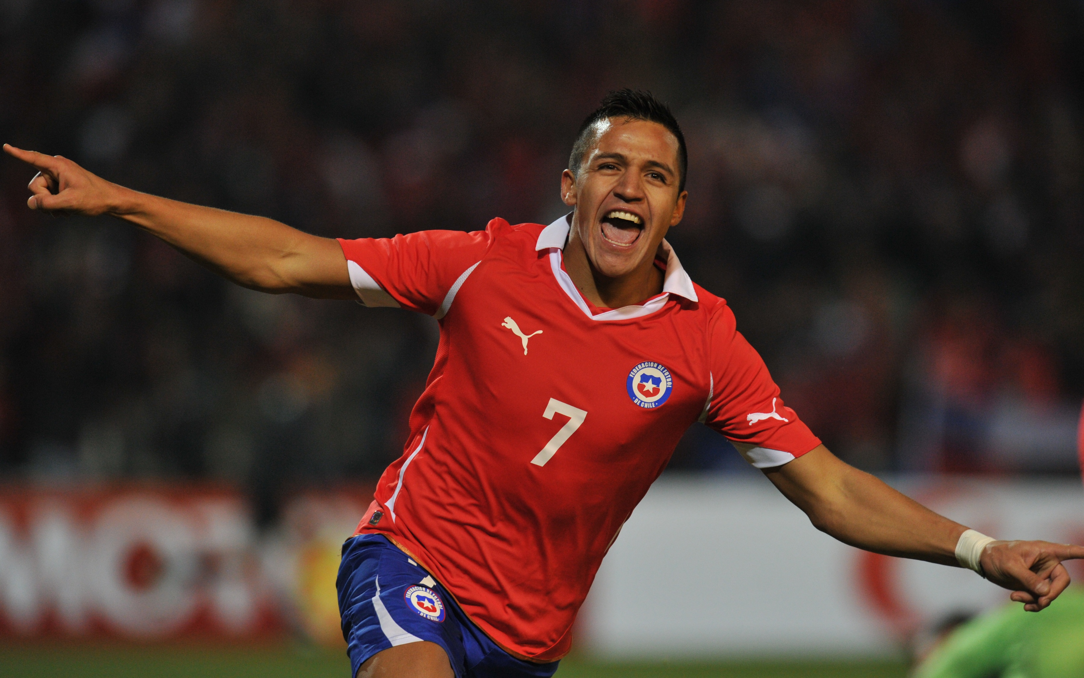 Chilean forward Alexis Sanchez celebrate