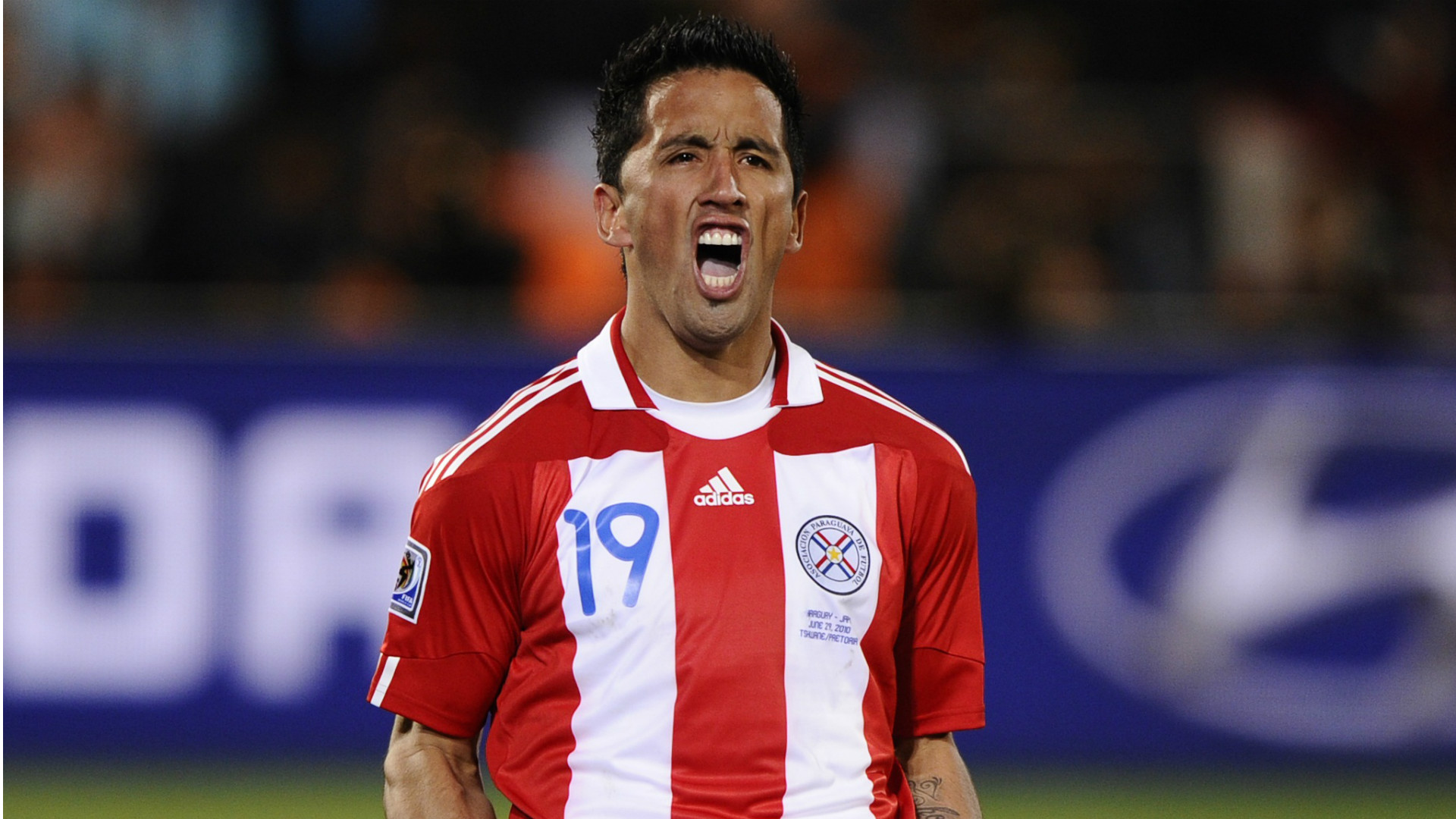 lucas-barrios-paraguay-japan-fifa-world-cup-southafrica-29062010_ggs2xf6f36f018vzama0vfr79