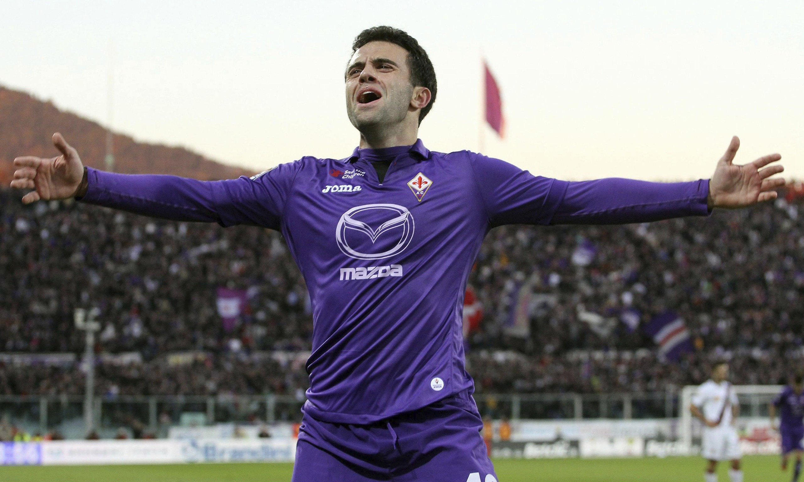 Giuseppe Rossi in action for Fiorentina