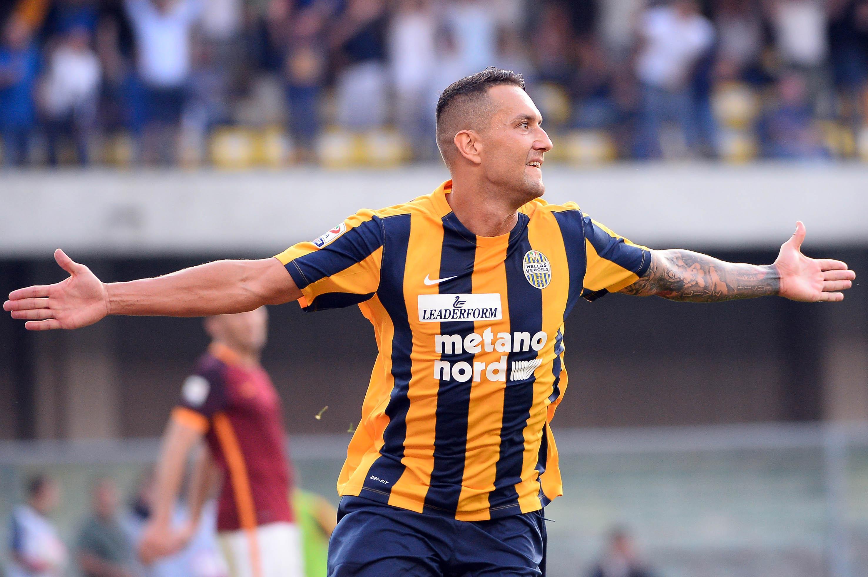 Soccer: Serie A; Verona-Roma
