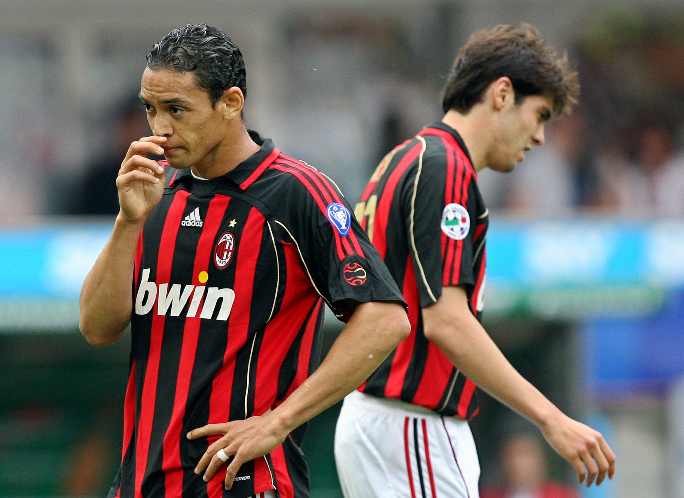 AC Milan's forward Ricardo Oliveira (L)