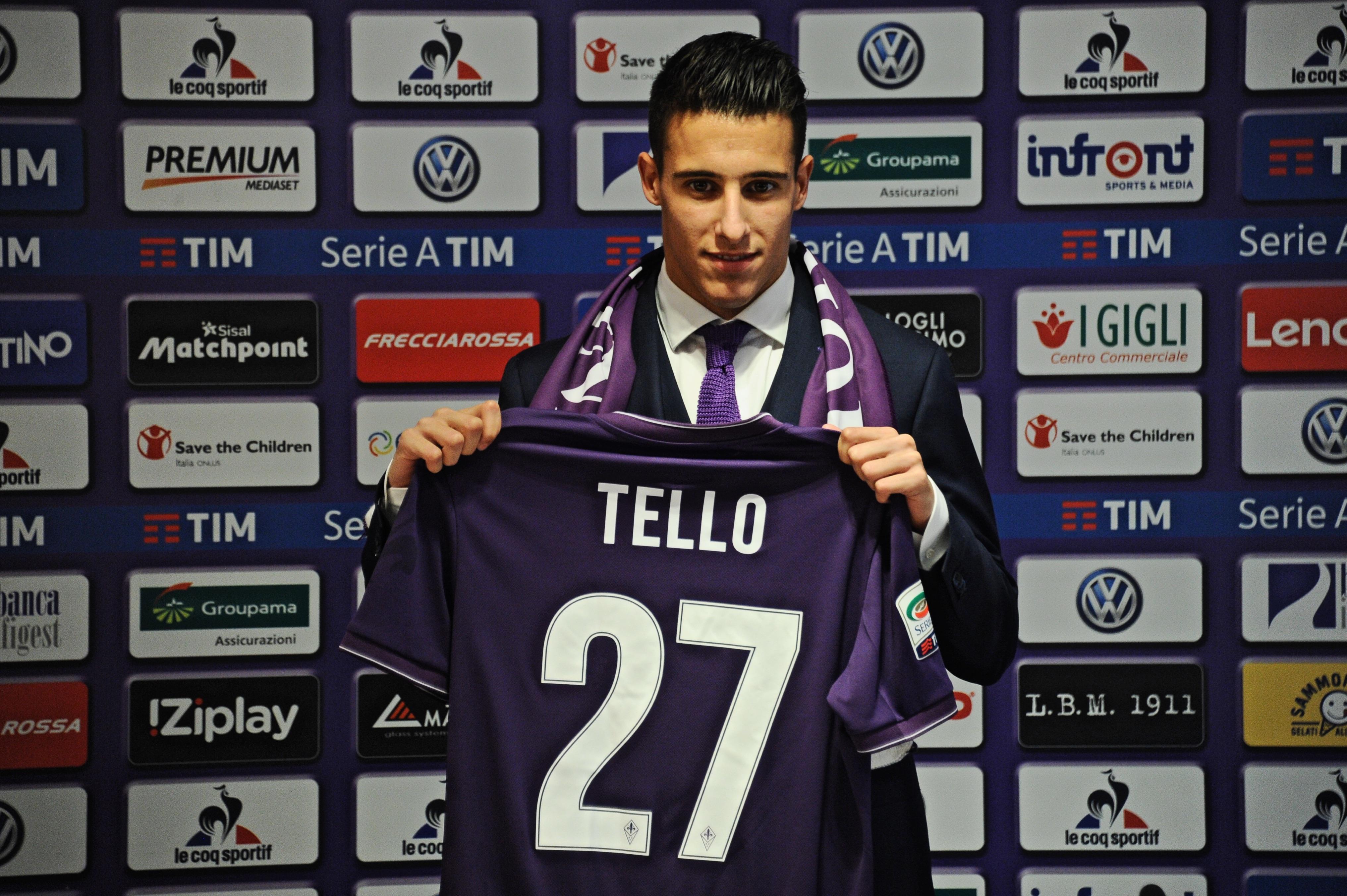 Soccer: Serie A; Fiorentina presents Cristian Tello