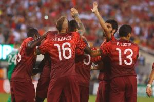 La compagine portoghese mentre celebra un gol