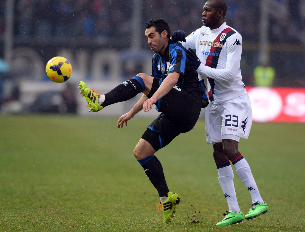 Atalanta+BC+v+Cagliari+Calcio+Serie+2Rc5HdKjGpjx