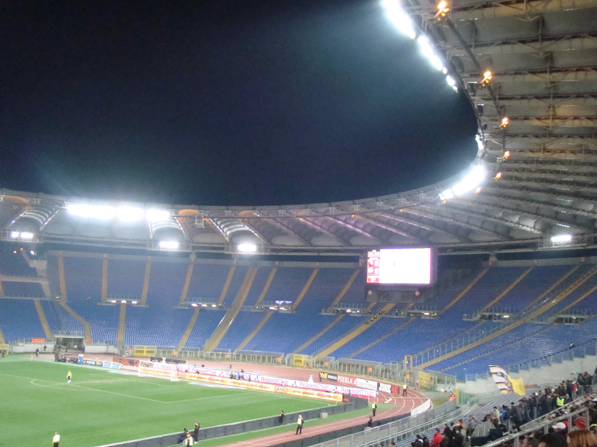 Stadio-Olimpico vuoto
