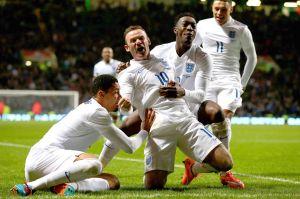 Wayne Rooney, capitano della Nazionale Inglese mentre celebra un gol