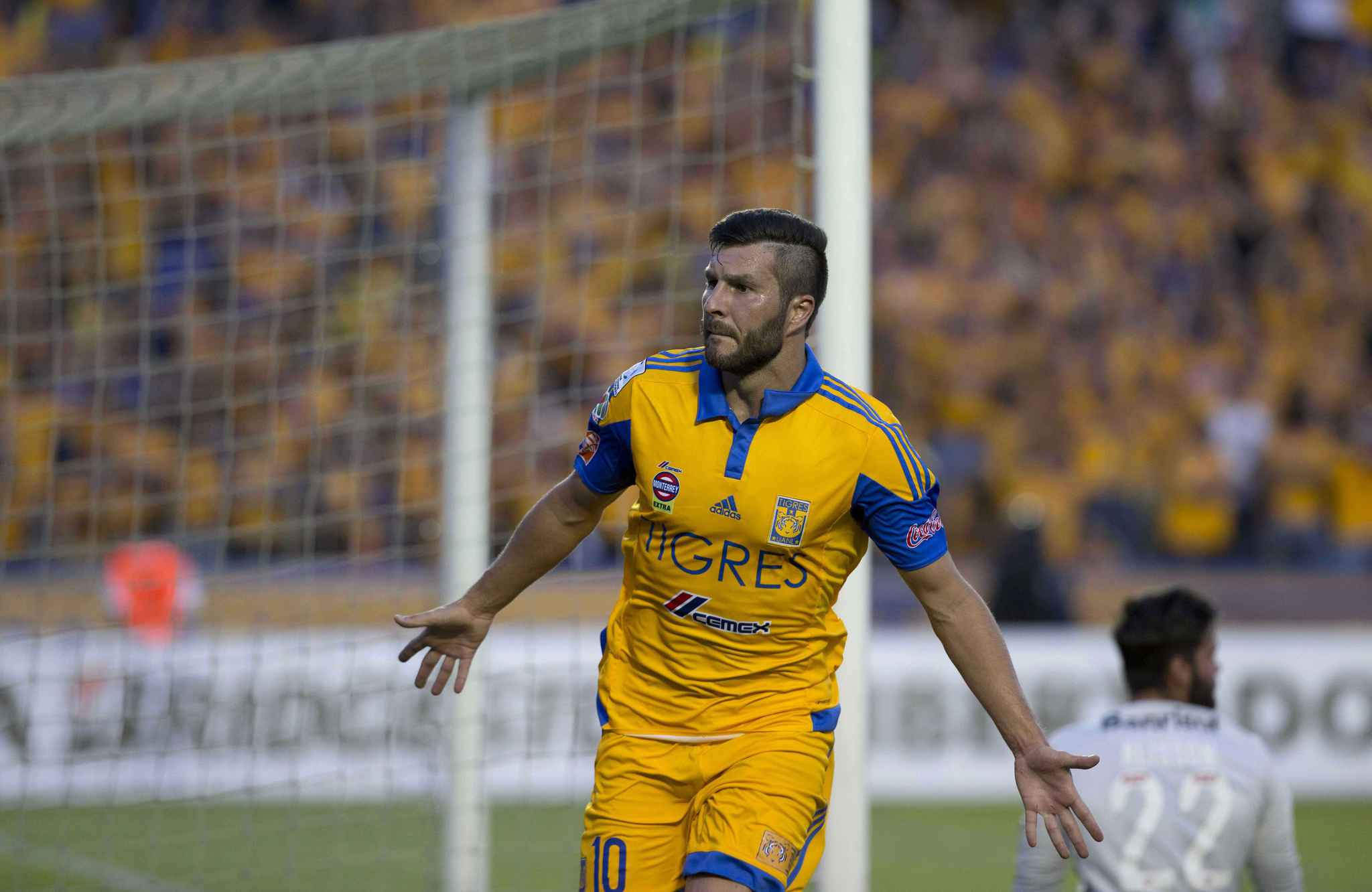 2048x1536-fit_le-club-a-change-pour-andre-pierre-gignac-pas-sa-traditionnelle-celebration-de-but