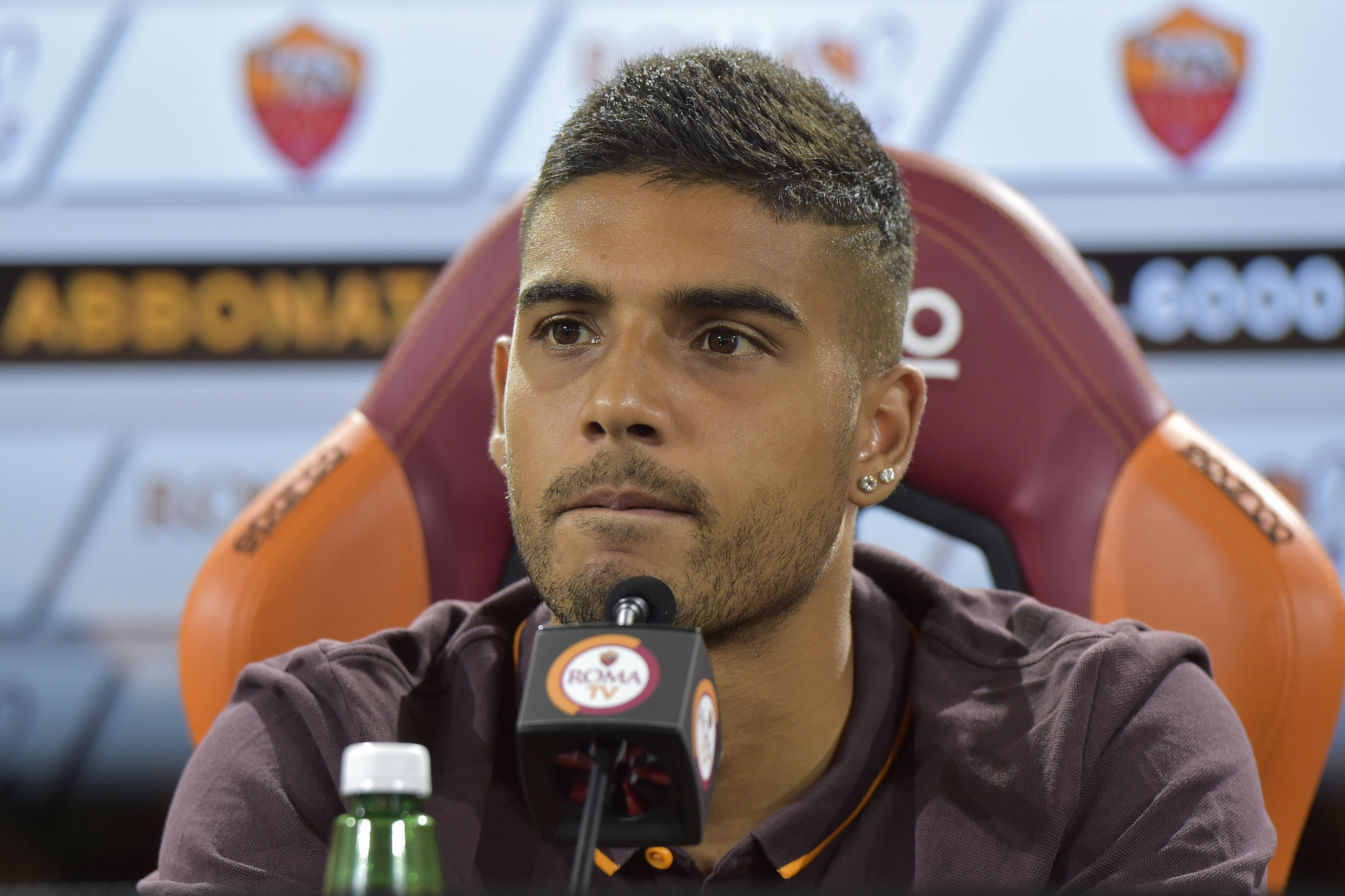 AS Roma Unveils Signing Emerson Palmieri