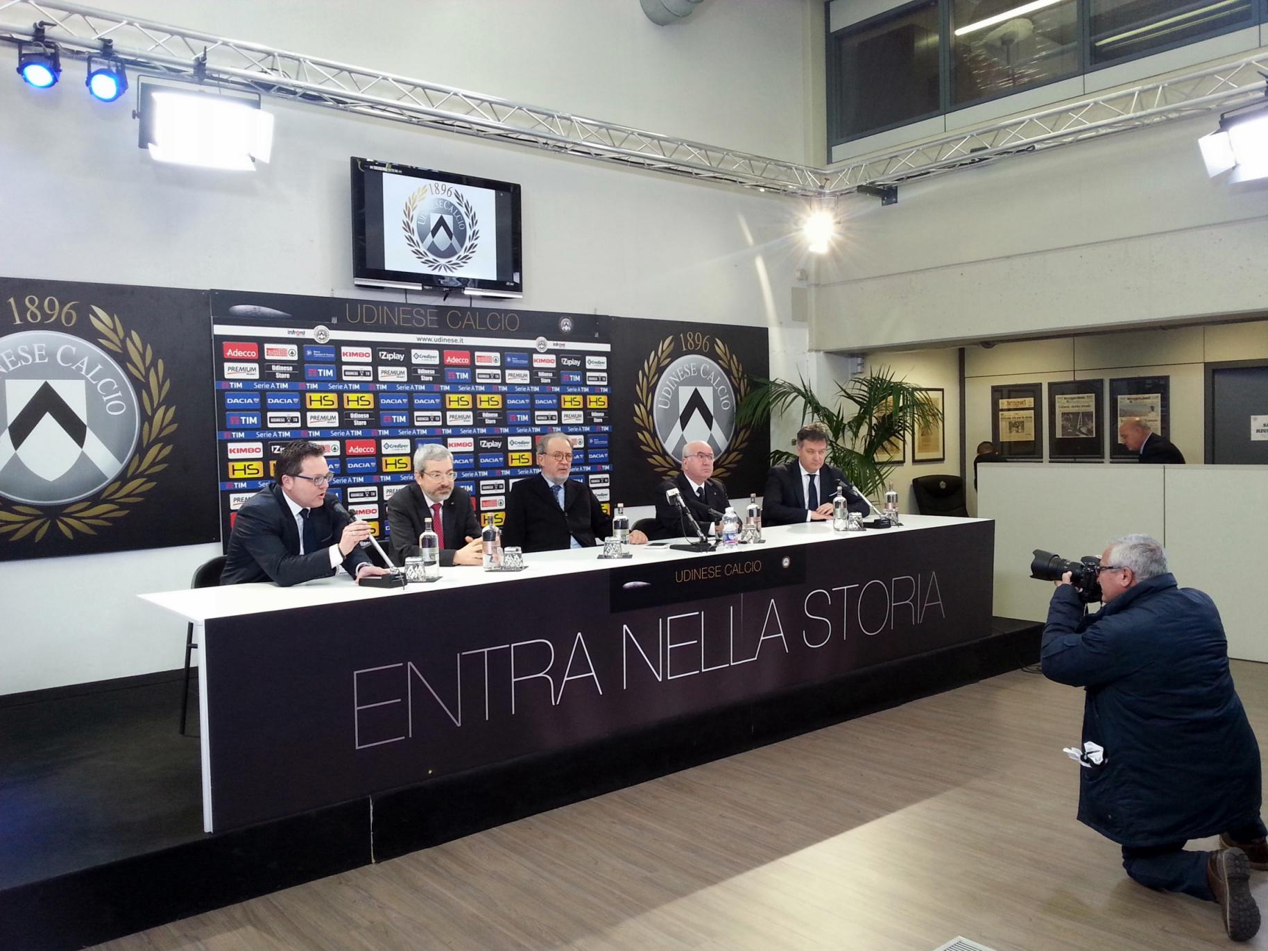 Conferenza-stadio-Tavecchio