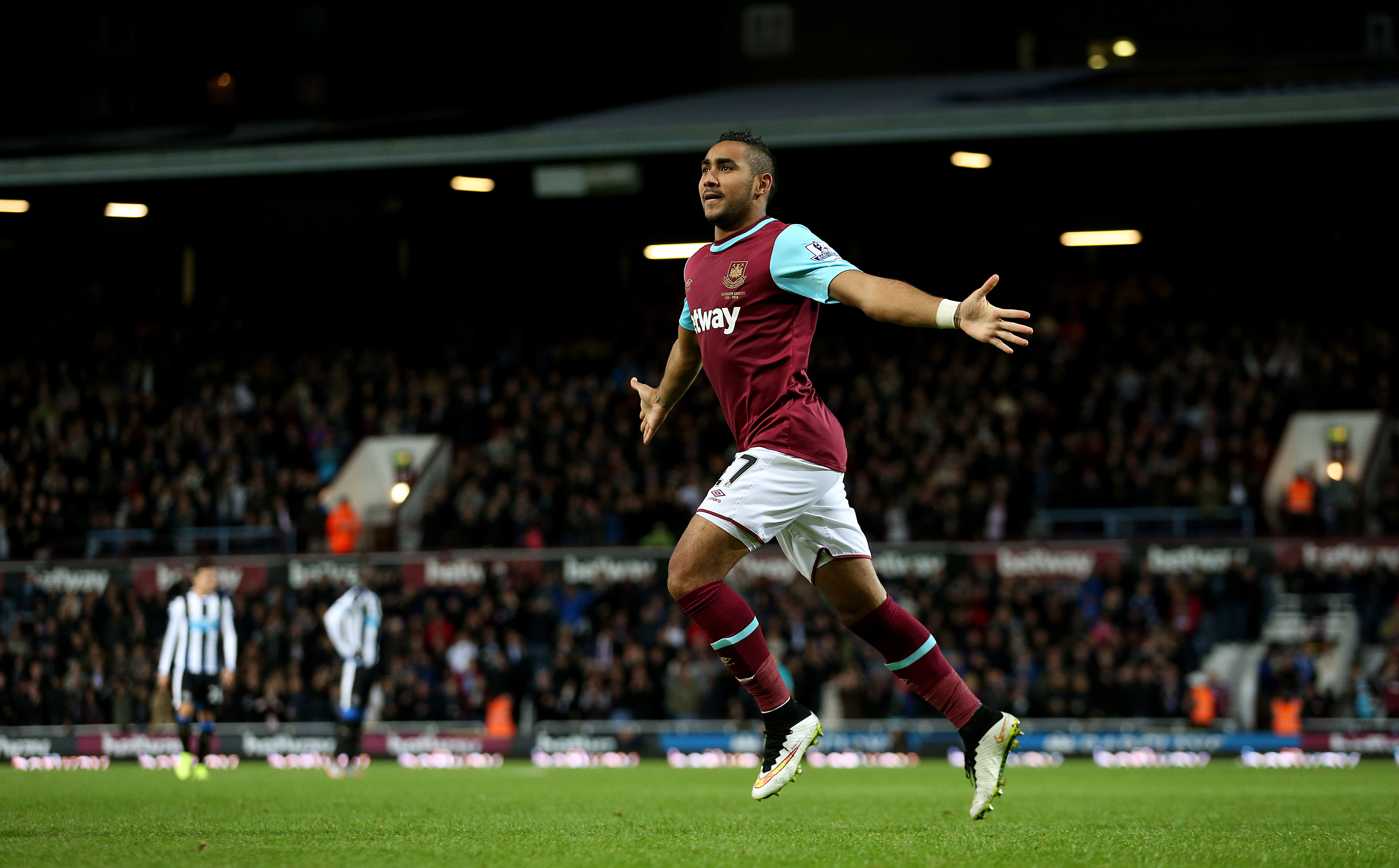 Soccer - Barclays Premier League - West Ham United v Newcastle United - Upton Park