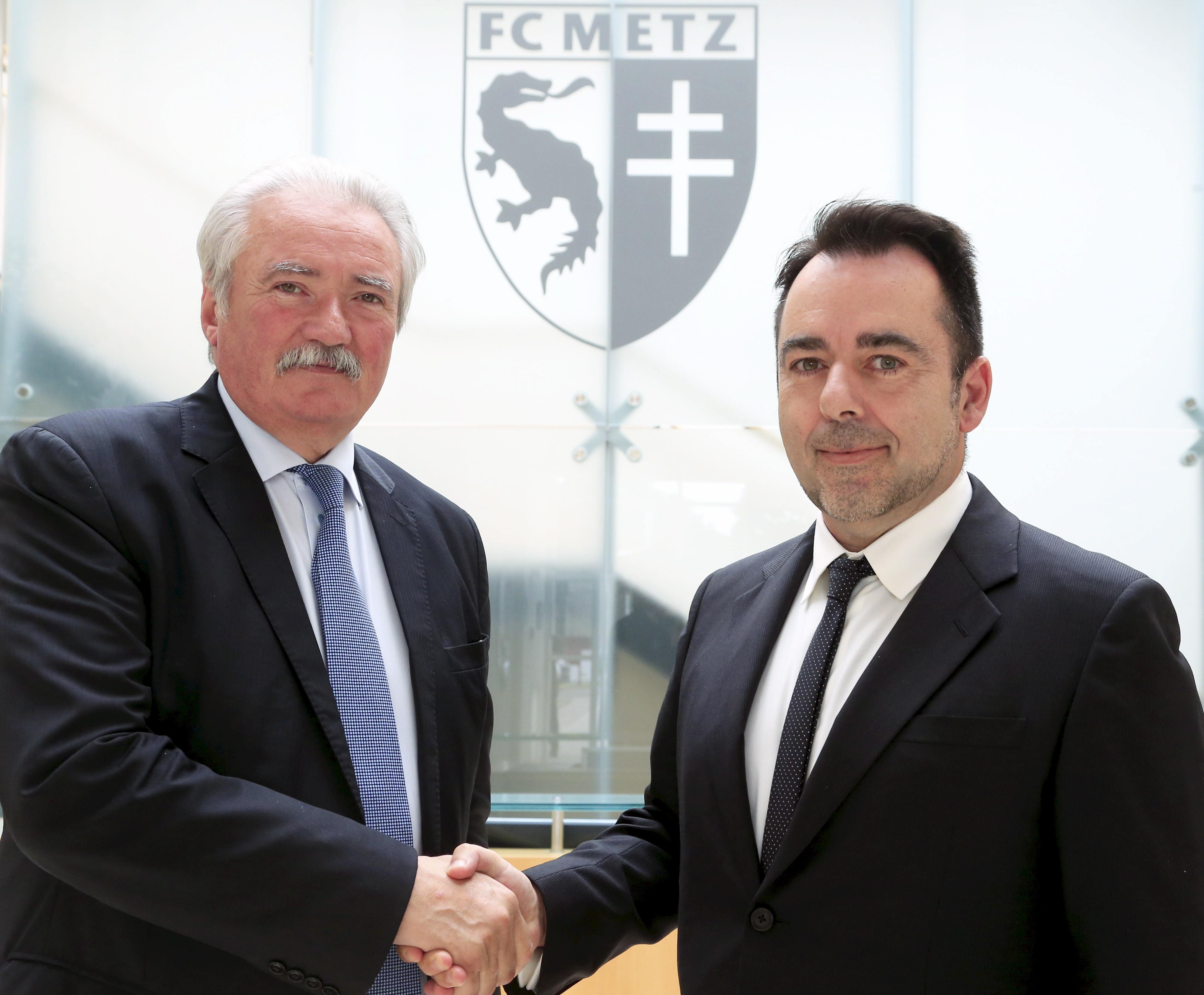 Metz le 01/06/2015 - conférence de presse de Bernard Serin Président du Fc Metz -
