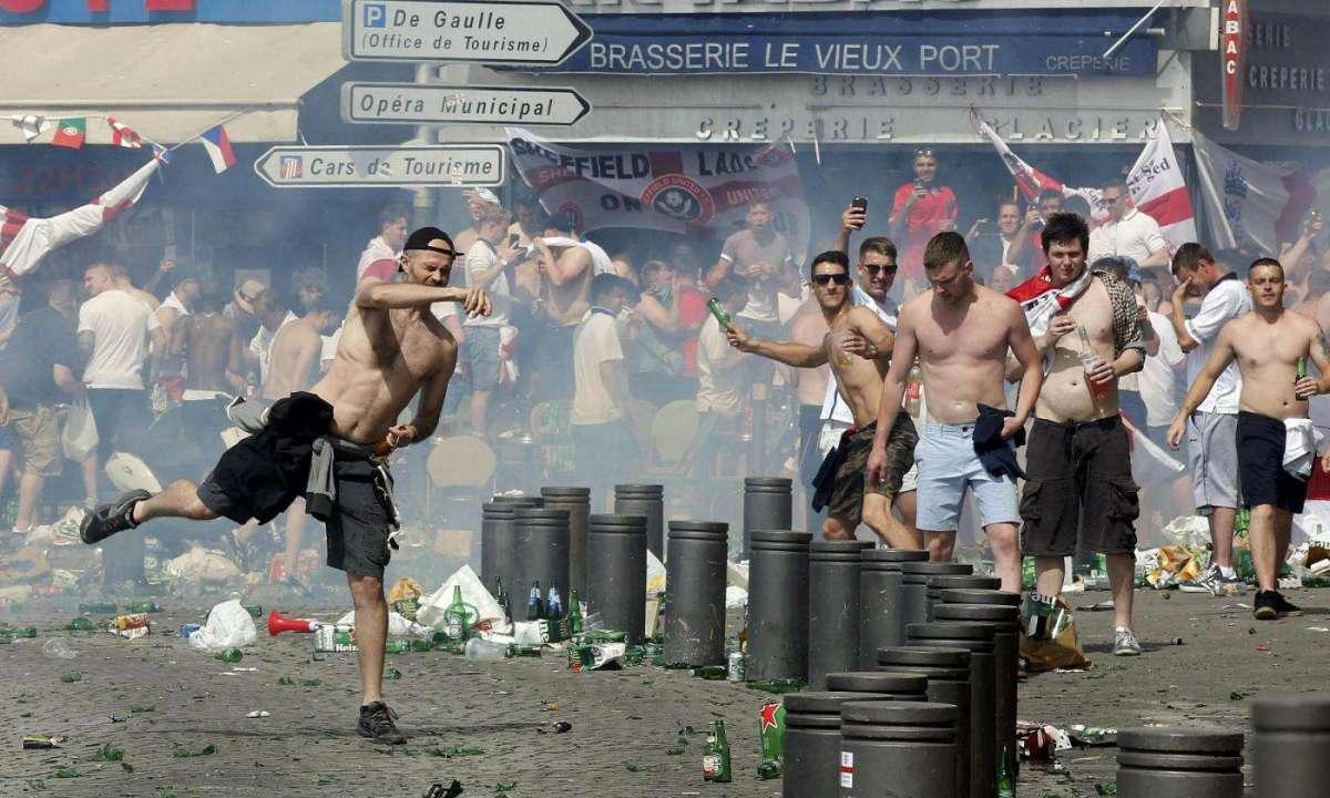 scontri-a-marsiglia-in-occasione-degli-euro-2016