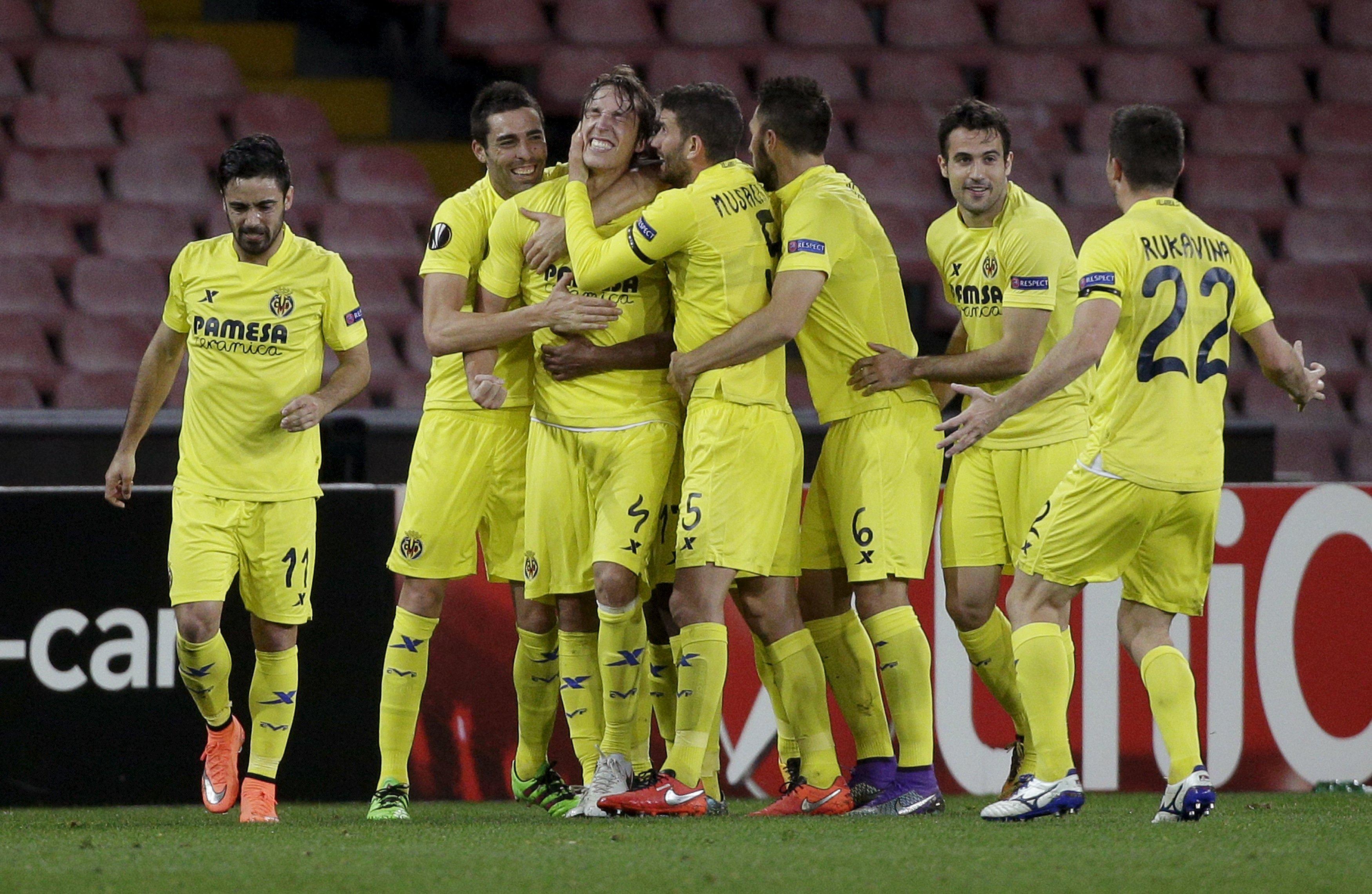 Football Soccer - Napoli v Villarreal - Europa League