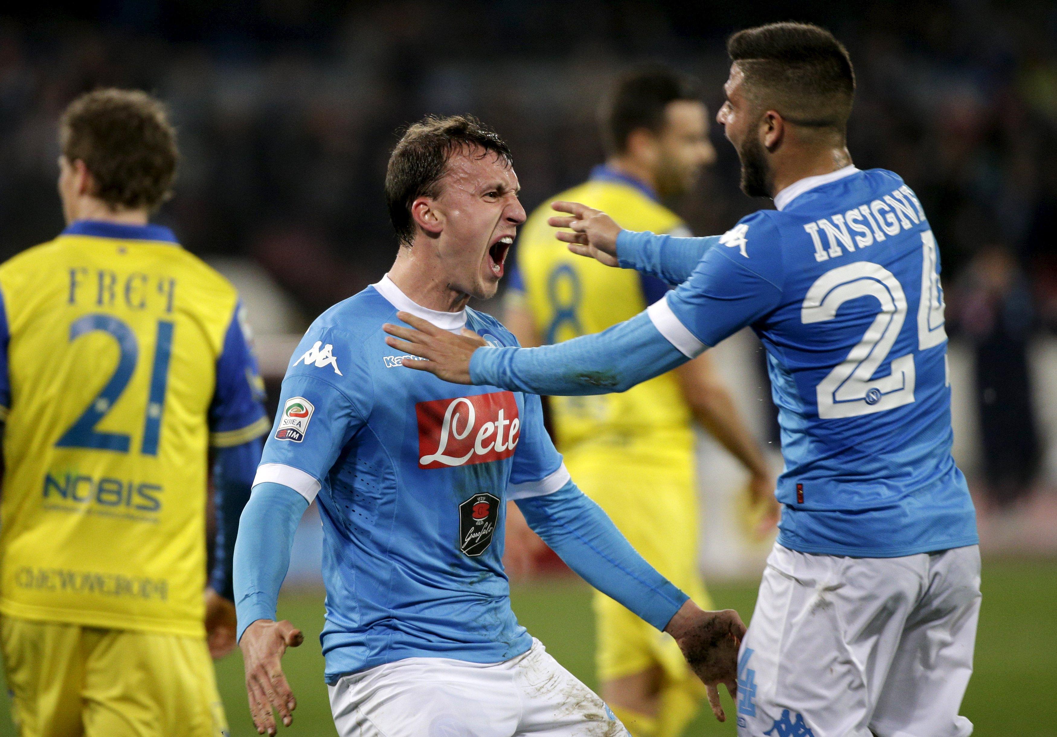 Football Soccer - Napoli v Chievo Verona- Serie A