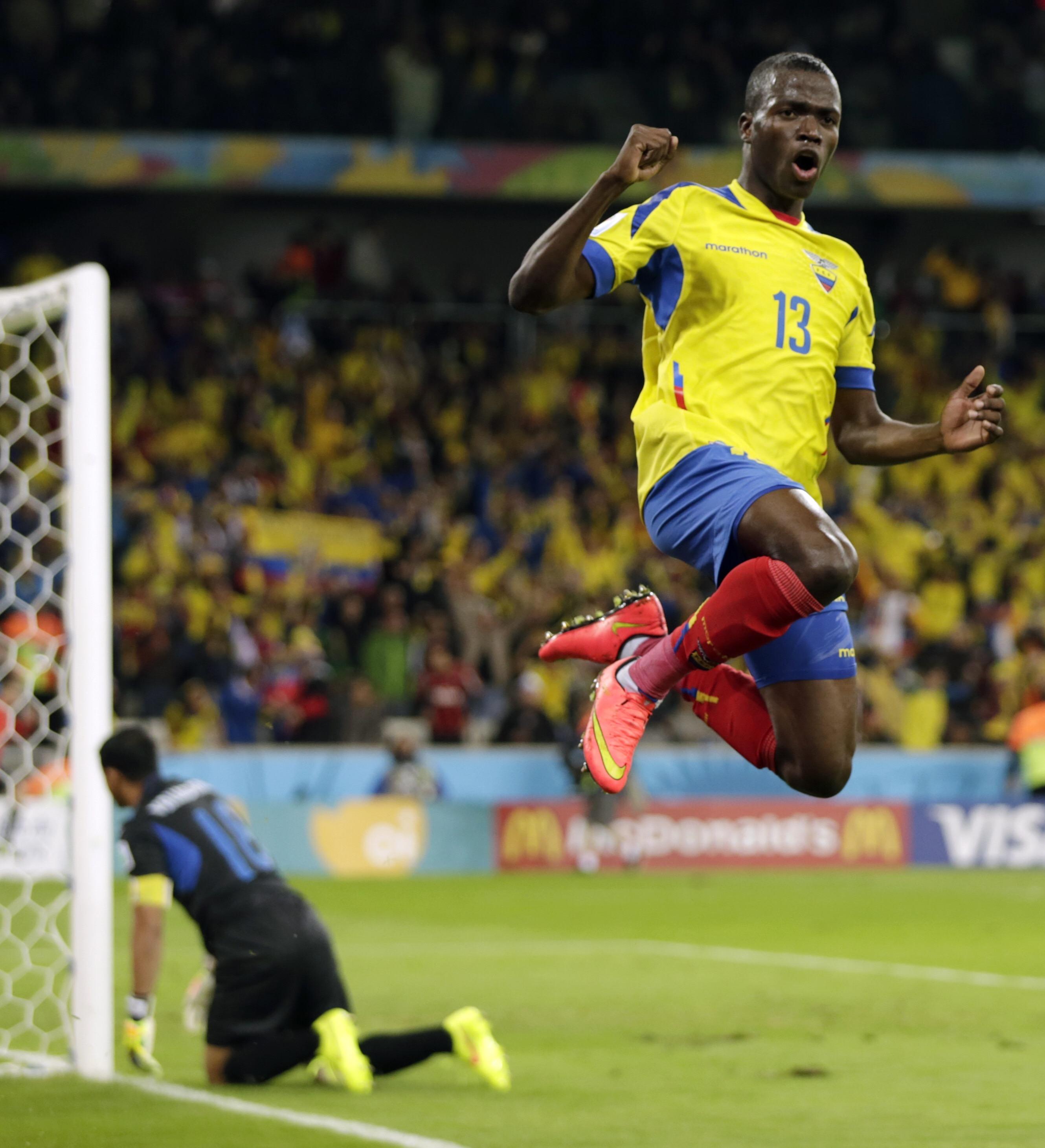 Brazil Soccer WCup Honduras Ecuador   WCDP254