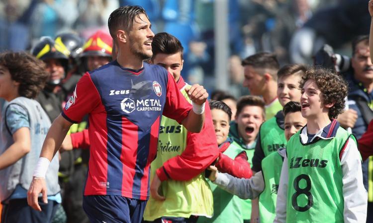 Calciomercato Napoli, l'agente propone Falcinelli