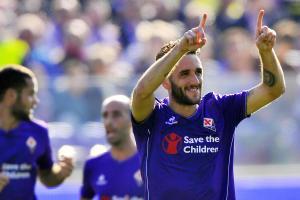 Il capitano della Fiorentina Gonzalo Rodriguez