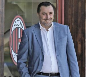 Il neo direttore sportivo Massimiliano Mirabelli è al lavoro per costruire un grande Milan.